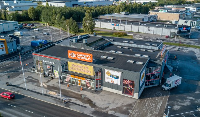 Birsta Köpcentrum  - Öppna butiksytor i centralt läge!